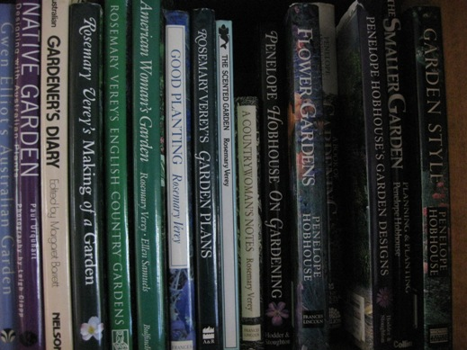 iGarden - The lure of gardening books - A Blog of The
